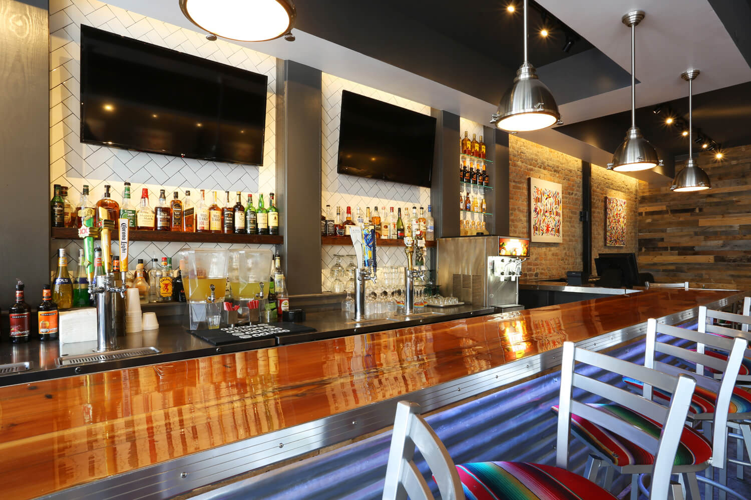 Cuco's Mexican Café Restaurant Designed by Foshee Architecture – View of Bar