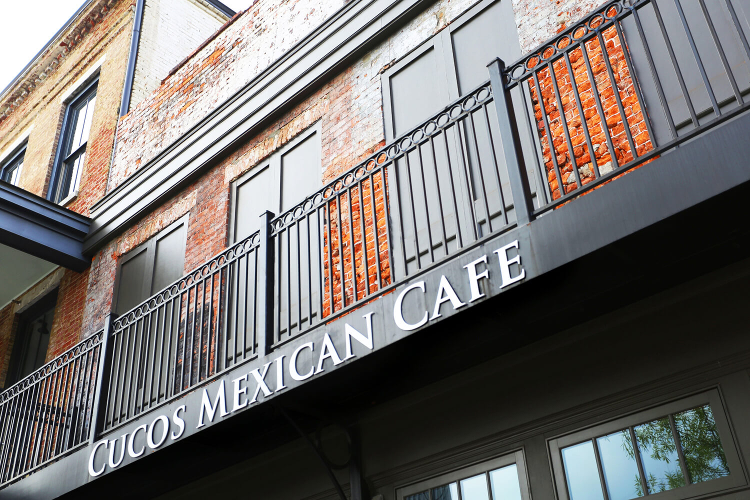Cuco's Mexican Café Restaurant Designed by Foshee Architecture – Balcony Detail