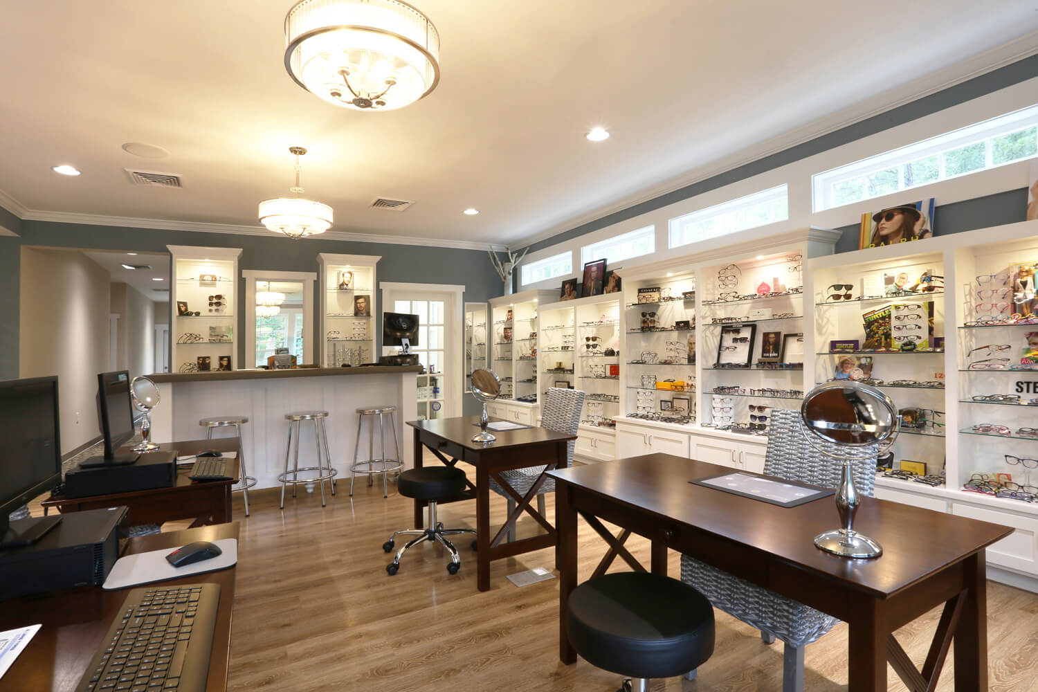 Pike Road Family Eyecare Designed by Foshee Architecture – Eyeglass Fitting Area