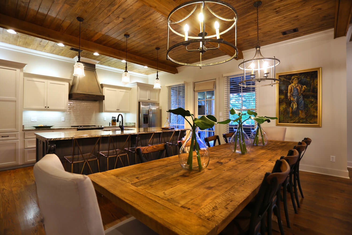 Lake Martin Cabin - Dining and Kitchen - Designed by Foshee Architecture