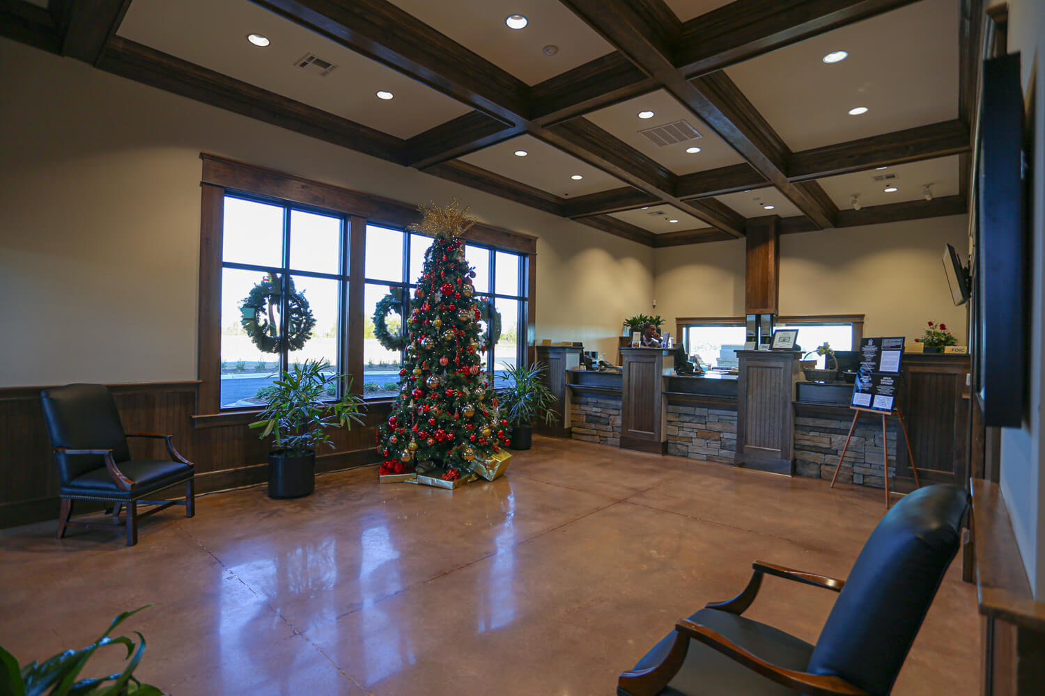 First Cahawba Bank - Teller Lobby - Designed by Foshee Architecture