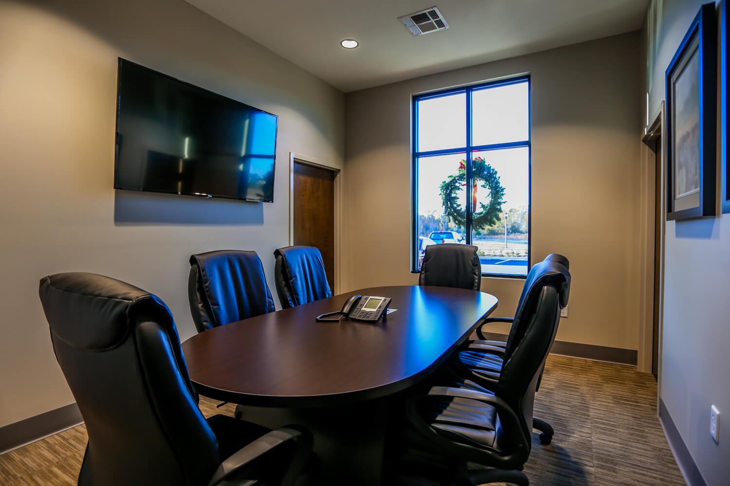 First Cahawba Bank - Conference Room - Designed by Foshee Architecture