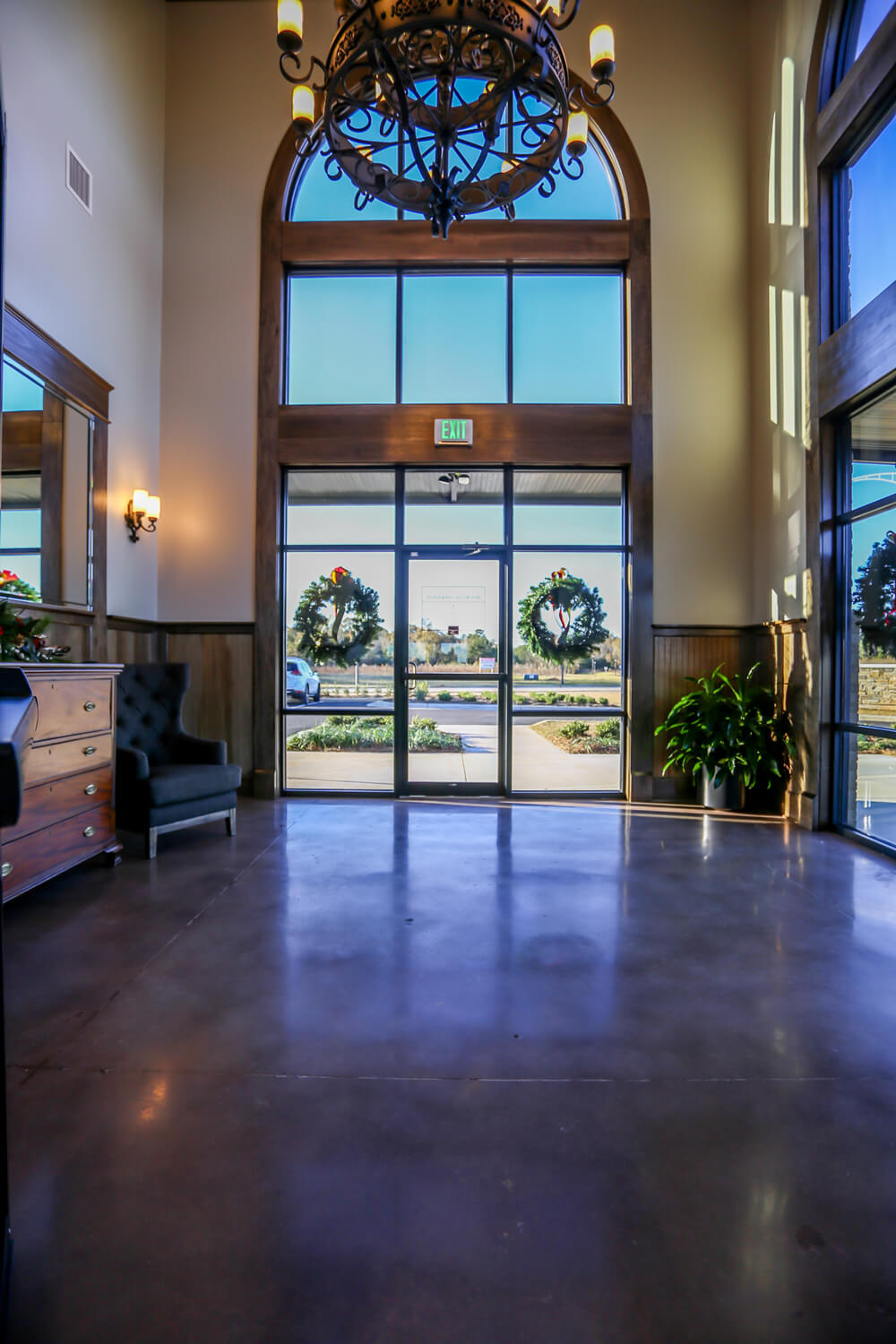 First Cahawba Bank - Entry Lobby - Designed by Foshee Architecture