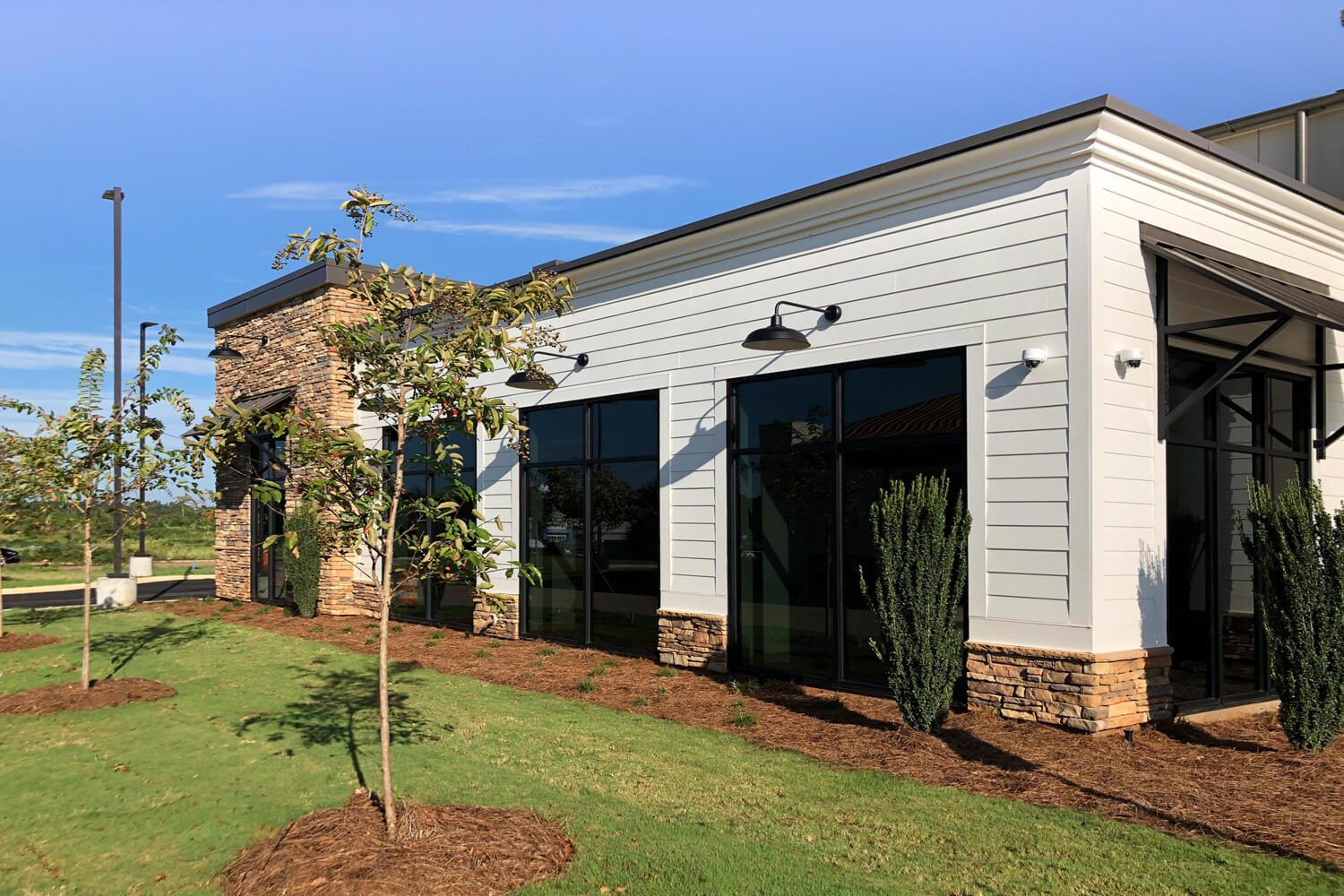 Guardian Credit Union - Side View - Designed by Foshee Architecture