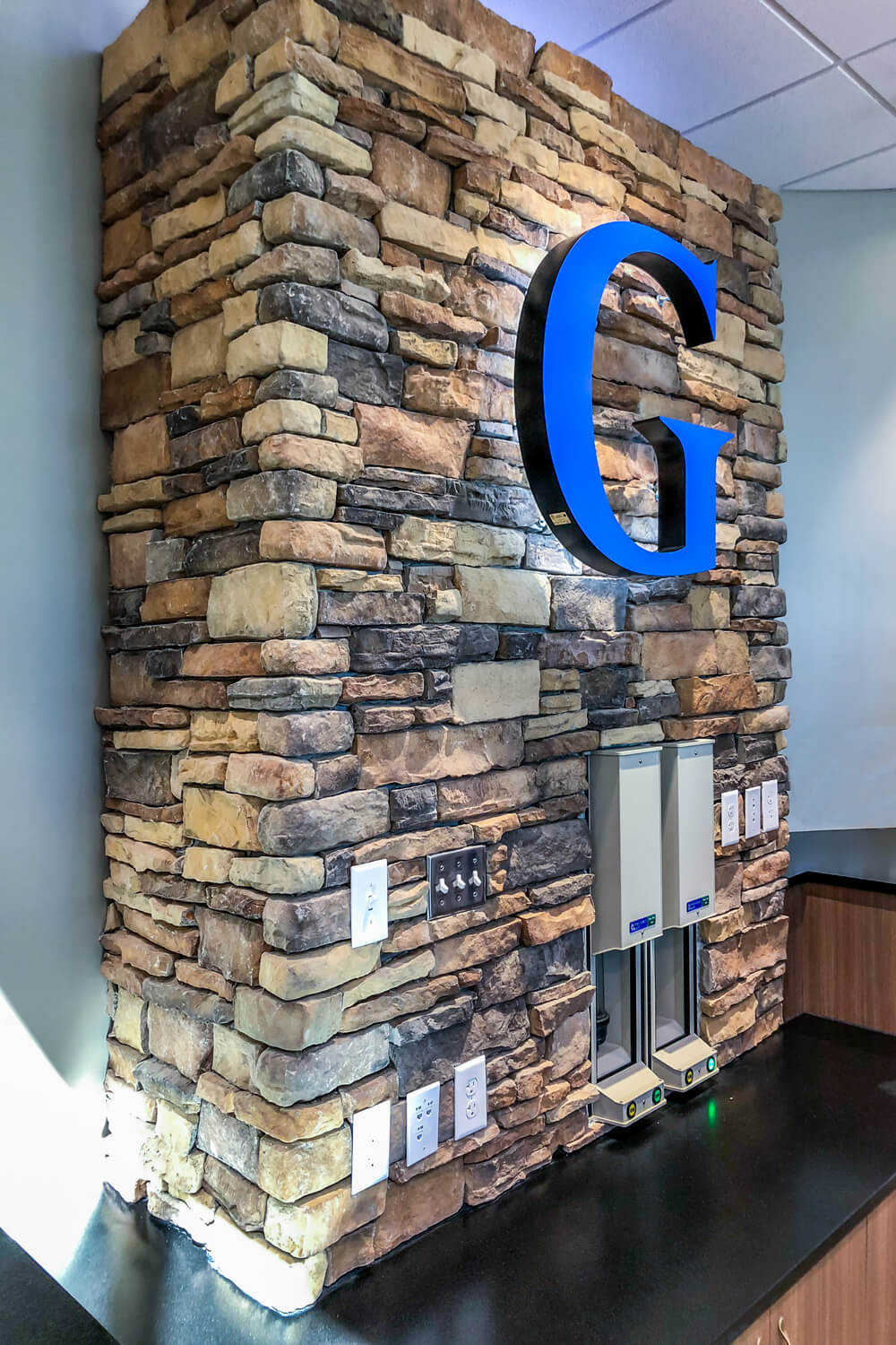 Guardian Credit Union - Logo at Stone Wall - Designed by Foshee Architecture